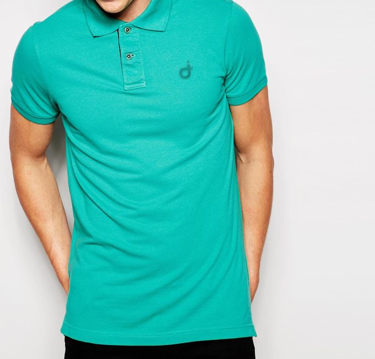 Polo Instgreen. You find it here: http://www.creatink.com/product/t-shirts/instgreen-polo/  #style #green #glamour #geek