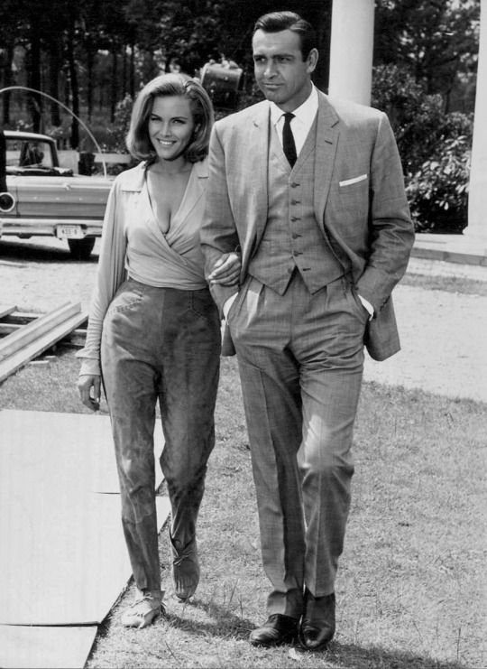 9 best honor blackman images on pinterest bond girls boots and hats. Black Bedroom Furniture Sets. Home Design Ideas