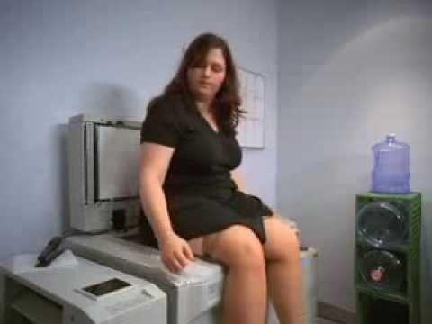 Co muszą znosić kserokopiarki, ciekawe czy producenci biorą to pod uwagę przy projektowaniu urządzeń