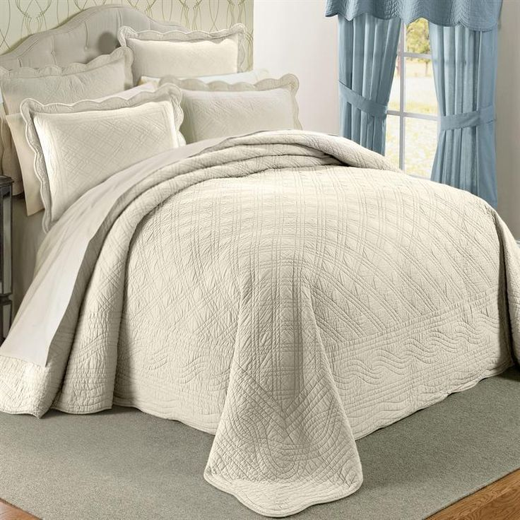 OFF WHITE 100 COTTON SCALLOPED Textured Bedspread QUEEN