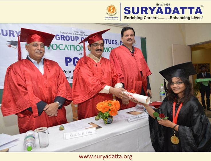 Ms. Kumari Priyanka Gold Medalist of PGDM – Finance & Marketing Receiving her convocation certificate from Dean Academics : Suryadatta Group of Institutes : Dr. S. B. Chordiya. Looking at from L. to R. Mr. Anup Kumar Jain (Head Car Plant : Tata Motors) & Rotary Governor Dr. Deepak ShikarpurRenowned ( IT Technopreneur )