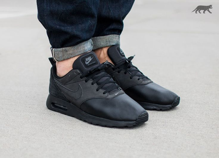 the latest 8c012 4f21a nike air max tavas leather black