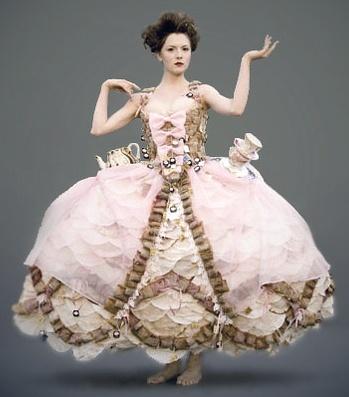 Tea Bag Dress - so pretty and it must smell like tea!
