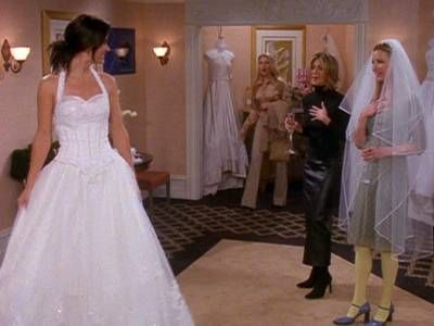 I love Monica's Dress!  The One With The Cheap Wedding Dress Episode Screencap 7x17 - Friends Screenshot