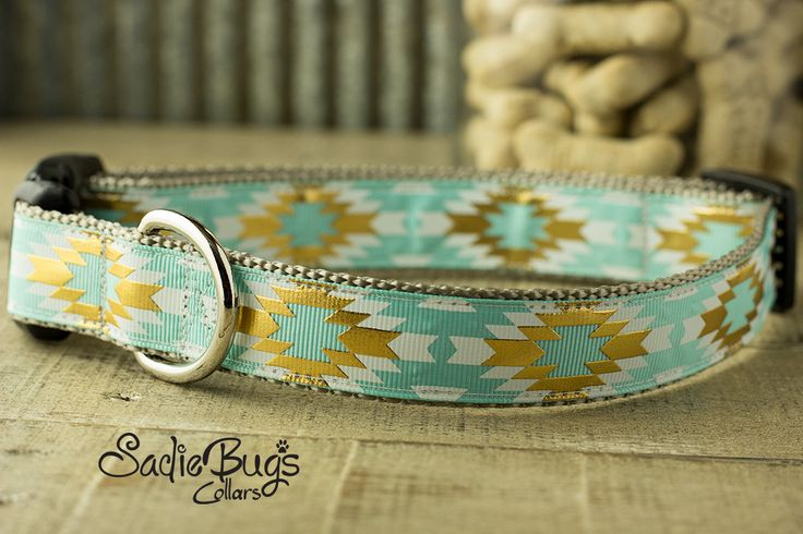 Tribal Feather dog collar - Aztec