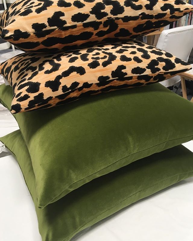 Leopard Velvet Green Velvet Pillow Olive Green Bedrooms Olive