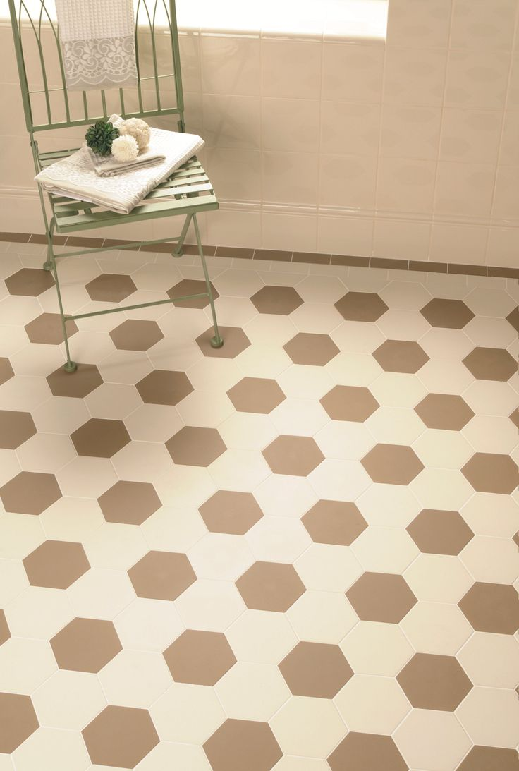 Victorian Floor Tiles - the Chelsea pattern in Regency Bath and Dover White.