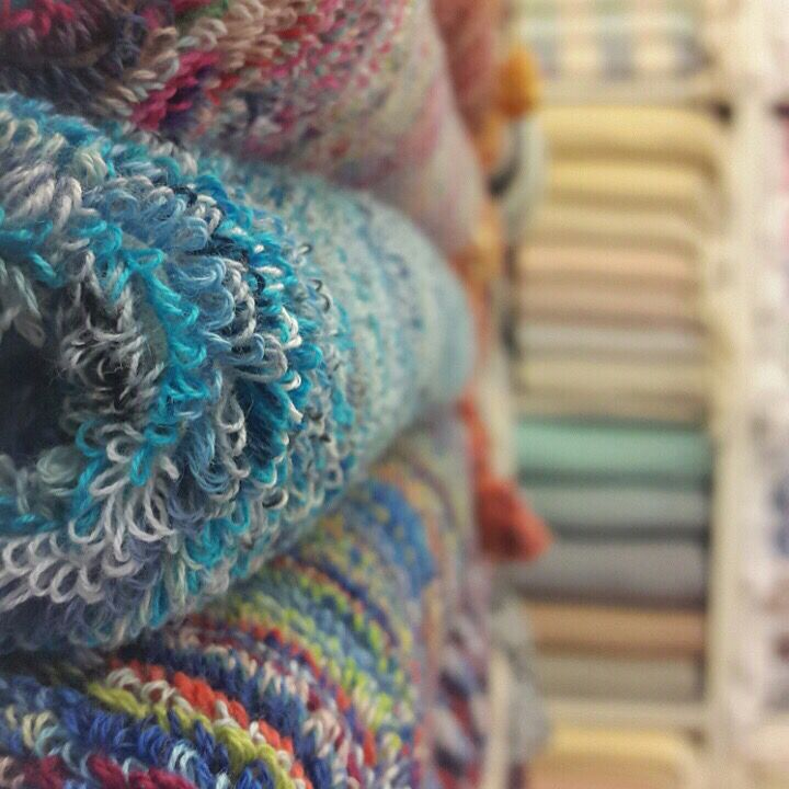 Luscious looped, Turkish towels. The true famous Turkish towel was made on looms and even to this day, there is no factory machine, big or small, that can mimic the structure, the strength or last-ability of a loomed towel. Jennifer's Hamam is the last company on earth working with the last few remaining artisanal weavers that know how to do this special technique. What are you waiting for?? #jennifershamam #Turkishtowels #organic #cotton #weaving #weavers #towels #artisan #quality