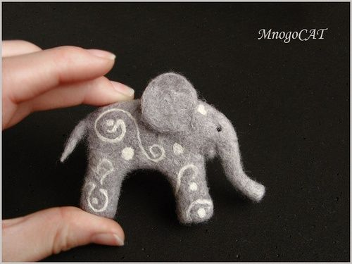 needle felted cat patterns | Source: http://www.flickr.com/photos/elisefilt/favorites/page18/?view ...