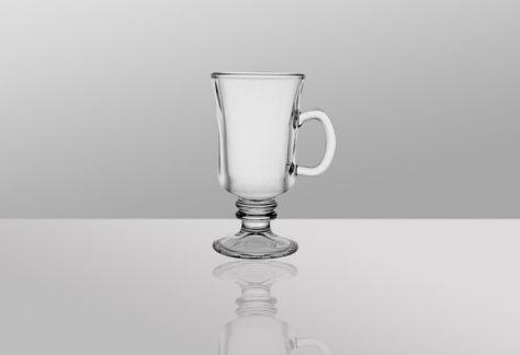 Kawa mrożona w pięknych szklankach, szukaj inspiracji tutaj http://witeks.pl/blog/nie-ma-to-jak-kawa-mrozona-pita-letnia-pora/