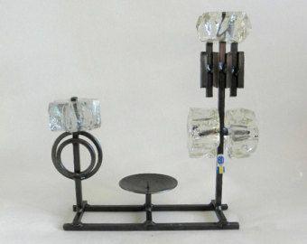 Brutalistischer Kerzenhalter aus Eisen und Glas, entworfen für Bo Ström, signiert vom schwedischen modernistischen nordischen Design.