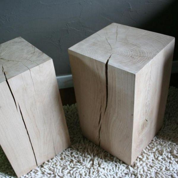Ce cube de bois décore votre salon ou s'utilise en bout de canapé. Ce cube de bois brut donne une ambiance nature  ou s'utilise comme simple cube bois brut décoratif.