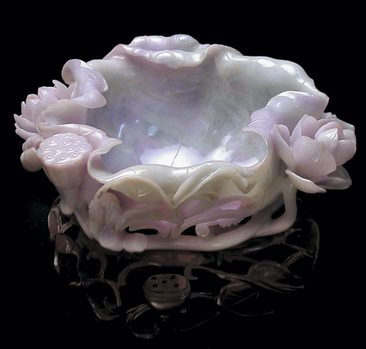 Lavender jade brush washer...I want one of these this one is so pretty!
