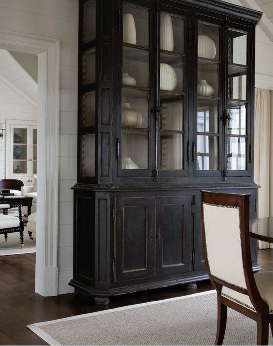 Black Hutch, white interior with white collection