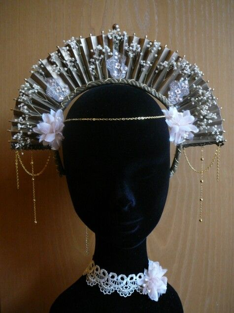 #headdress #headpiece #2 by Cristina Biella (www.facebook.com/elanorsoulcreativity) #gold #flowers #real_flowers