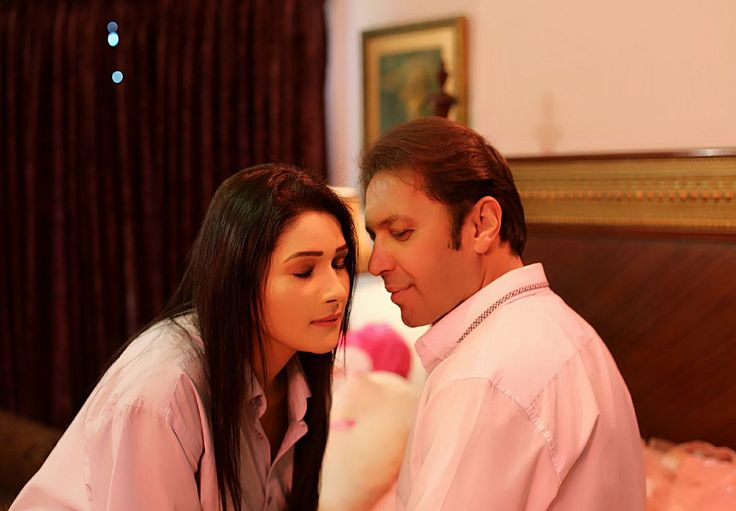 https://flic.kr/p/Tauafh | Rohid Ali Khan and Zara Malik Dream scene | Rohid Ali Khan and Zara Malik Dream scene in Bedroom for ADHOOREY KHUWAAB