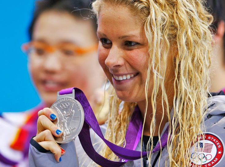 Elizabeth Beisel from Olympic Nail Art! | E! Online