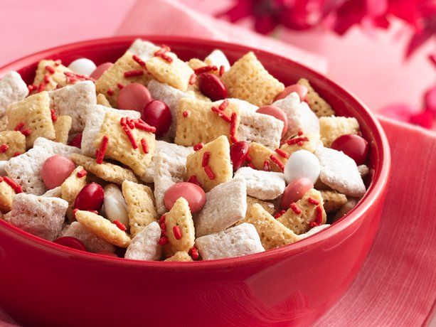 Valentine Chex Mix:  Red, white and pink make a lovely Chex® mix, especially when it's ready in just 30 minutes!: Valentines Chex, Valentines Parties, Valentines Day, Gluten Free, Snacks Mixed, Peanut Butter, Chex Mixed, Valentines Treats, Puppies Chow
