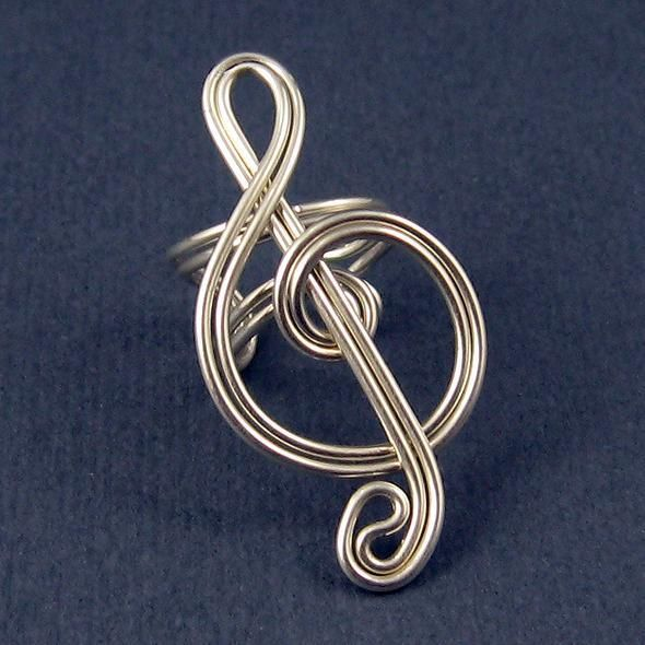 wire treble clef (More happy healthy humorous & creative hooping & hoopspiration