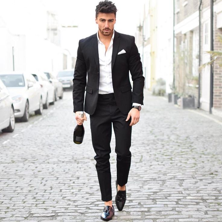 See this Instagram photo by @mensuitsteam • 6,034 likes