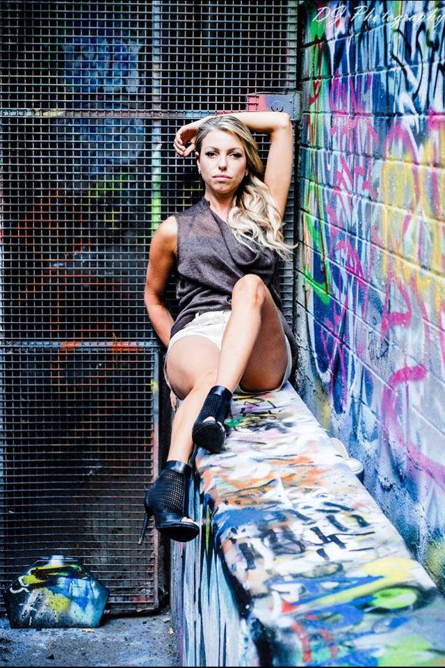Sontage Urban Shoot 15