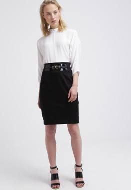 Morgan Javala Falda Acampanada Noir vestidos y faldas Noir. Morgan Javala falda Acampanada CentralModa.eu