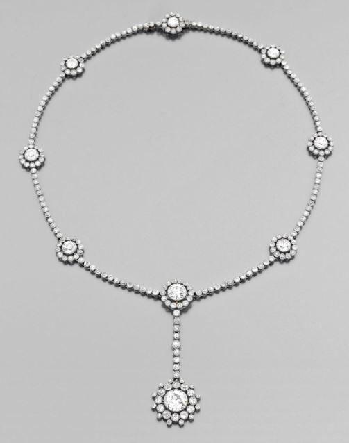 A RARE DIAMOND AND PLATINUM BELLE EPOQUE NECKLACE BY CARTIER. CIRCA 1910-1912