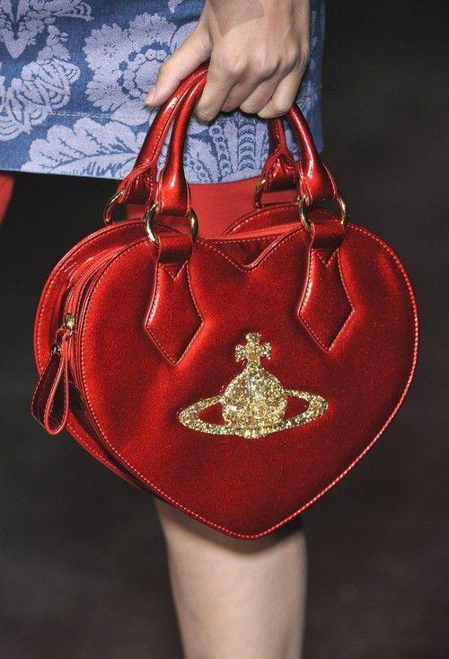 Vivienne Westwood Red Label Spring 2010 Details - oh I really like this bag