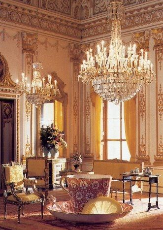Tea at Buckingham Palace ... the ultimate tea room.
