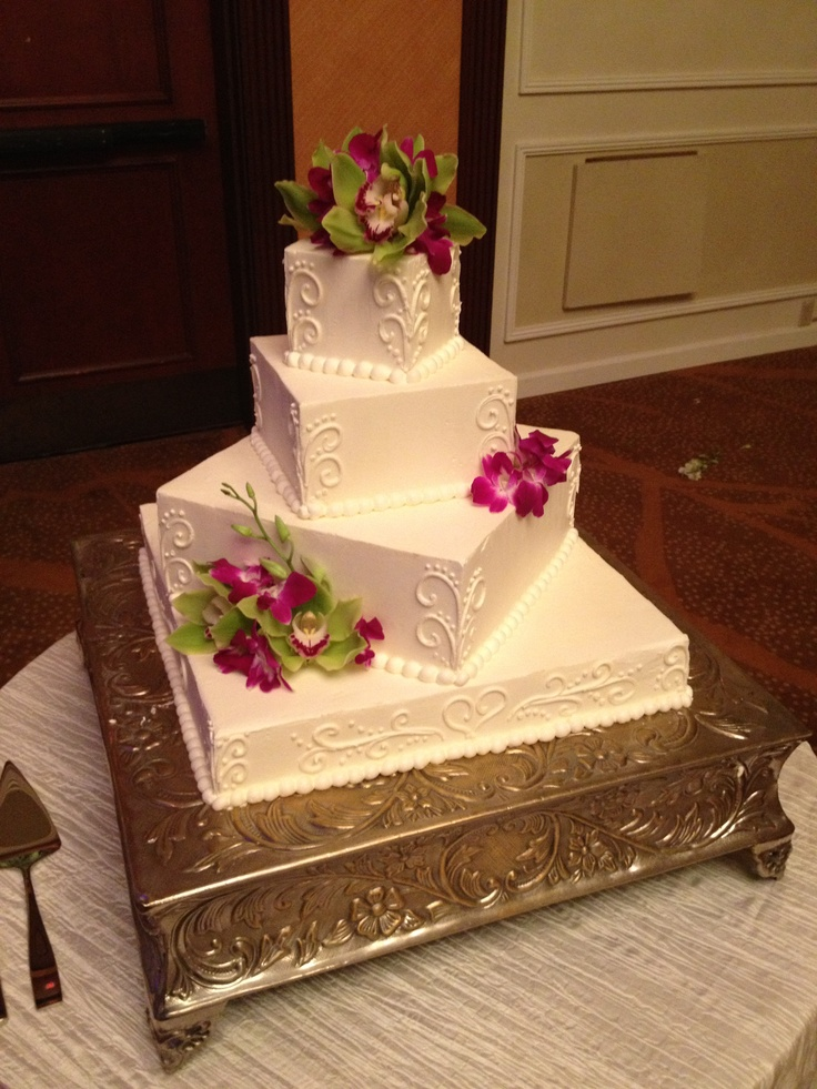 Square wedding cake #mseweddings