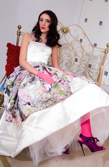 Google Image Result for http://www.lisadawn.co.uk/wp-content/uploads/2009/03/pink-dress-1.jpg