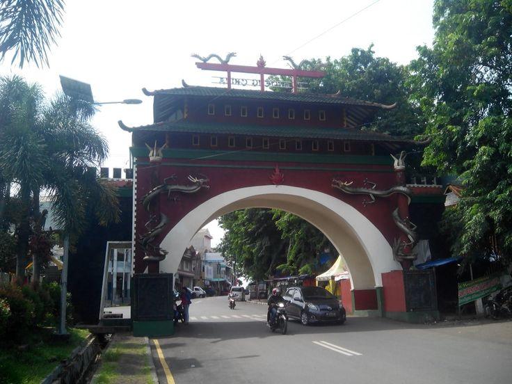 gapura kampung cina kota bengkulu