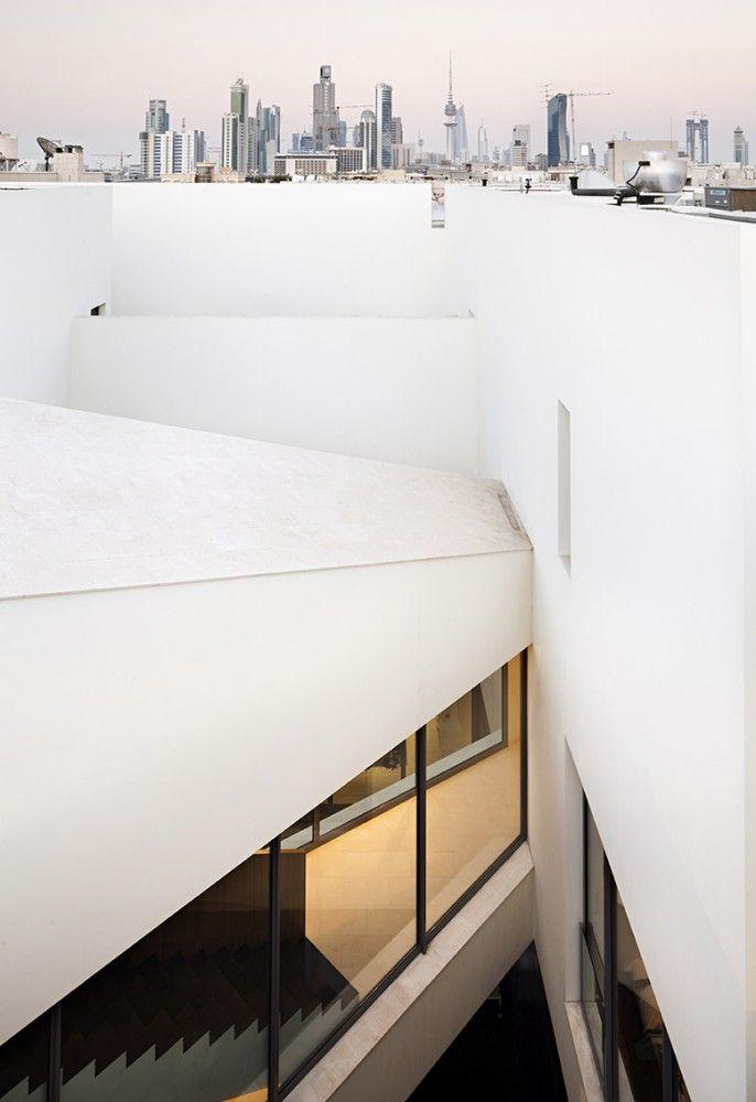 Secret House / AGi Architects
