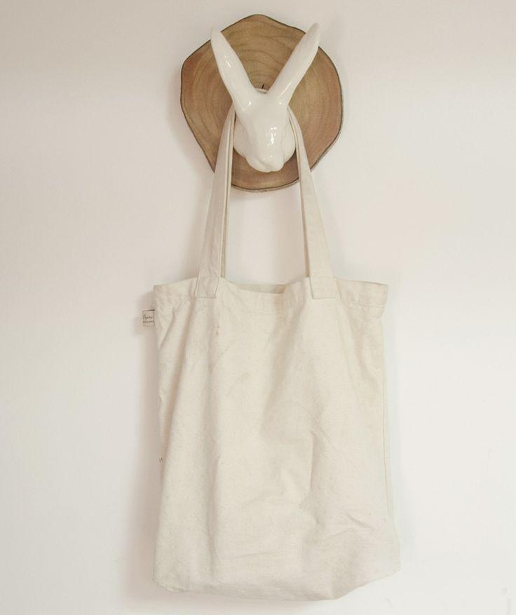 Cabeza de Conejo - Perchero decorativo, en madera y cerámica. $65.000 COP. Cómpralo aquí--> https://www.dekosas.com/productos/decoracion-hogar-vida-util-cabeza-de-conejo-detalle
