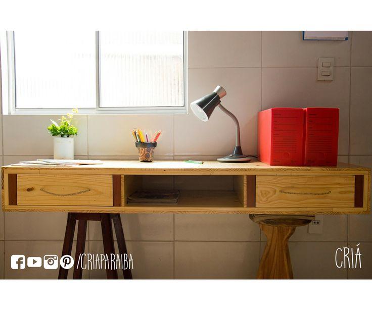 Bancada de trabalho. Feita a partir da reutilização de pallets. #DIY #recycle #upcycle #design #furniture #handmade #paraiba