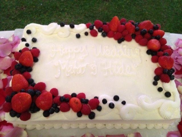 ベリーのウェディングケーキ