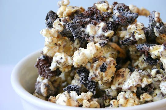cookies and cream popcorn | Yummy Stuff - Sweet | Pinterest