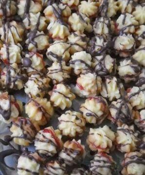 Zobrazit detail - Recept - Máslové kytičky - vánoční