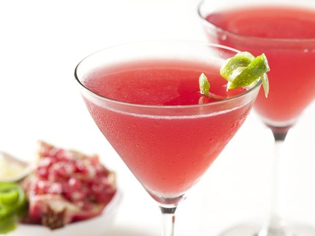 Pomegranate Cosmos - YUM!Food Network, Christmas Parties, Summer Drinks Recipe, Inagarten, Cosmos Recipe, Pomegranates Cosmos, Ina Garten, Limes, Cocktails