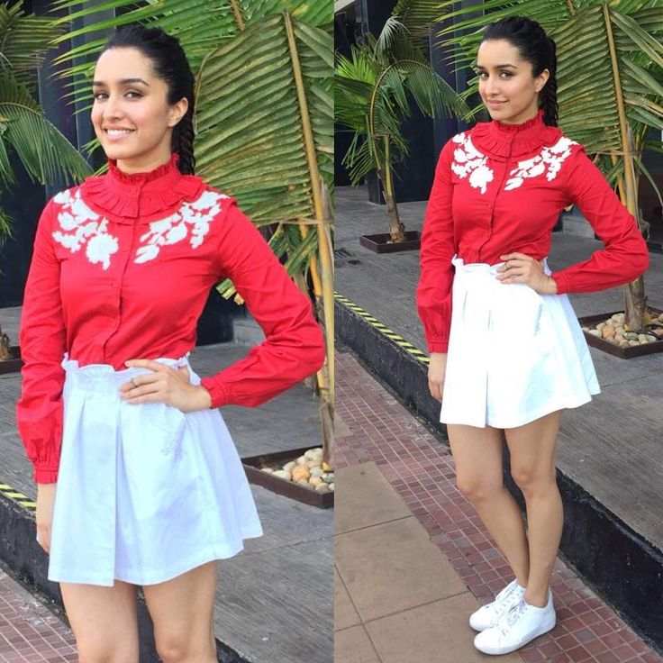 And we are back promoting!! Wearing a @hemantnandita outfit