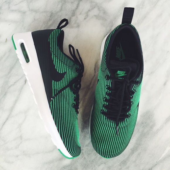 Nike Air Max Thea Green + Black Jacquard Sneakers NWT