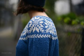 Bláfjöll is a ski area just near Reykjavik…it inspired this stranded top down sweater worked seamlessly in the round. By Winterludes on Ravelry.