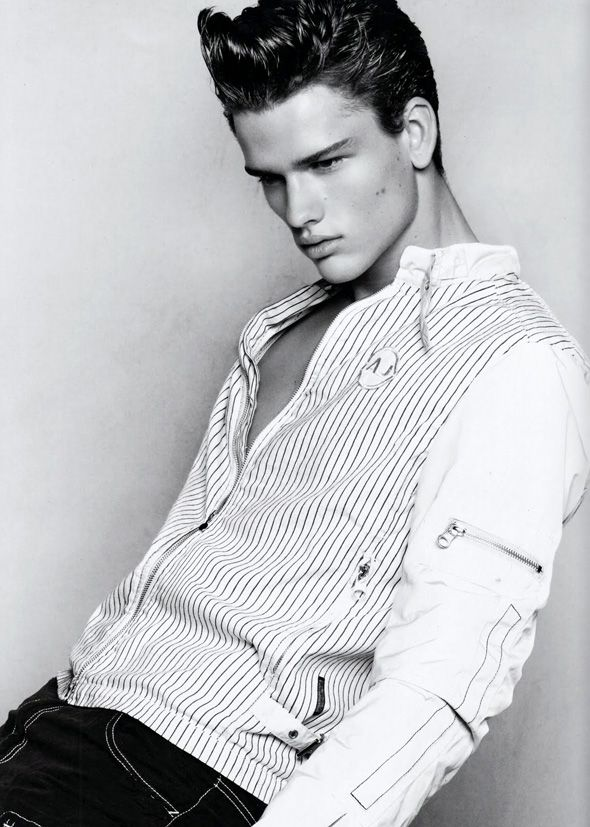 Simon Nessman model images | Miss Eva