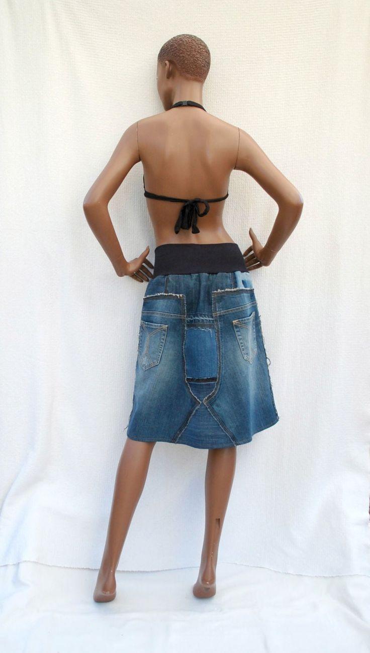Blue Denim Girl I – Jupe courte en patchwork de jeans recyclés (sur mesure), jupe en jean, jupe en jean bleue, mode écologique, upcycling   – Mode femme