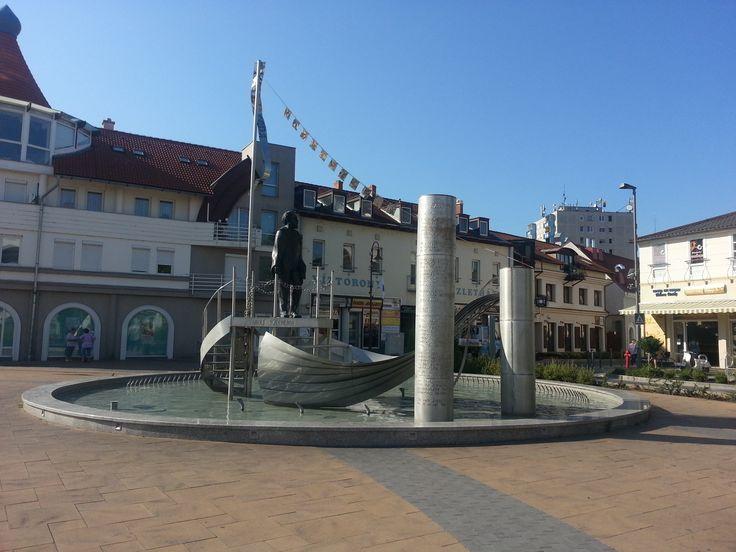 City center with the statue of Szécheny István.