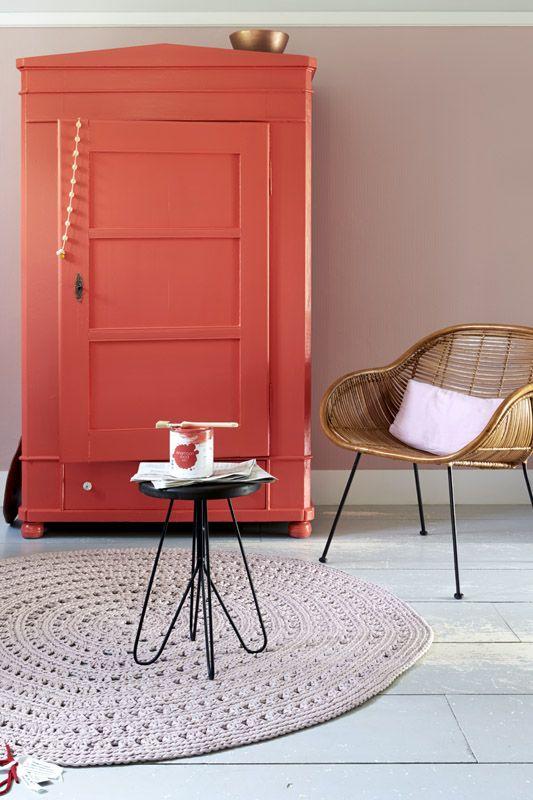 KARWEI | Tip: Maak eens een collage van plaatjes uit tijdschriften om erachter te komen welke kleur jouw voorkeur heeft #verf  #kleur #karwei
