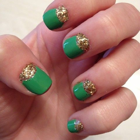 half-moon glitter nails -- very #BaylorProud!: Emeralds Nails, Emeralds Glitter, Nails Art, Gold Glitter Nails, Glitter Party, Hair Makeup Nails, Parties Nails, Glitter Parties, Party Nails