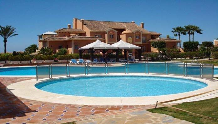 Bank Repossession: Spacious Ground Floor Apartment for sale in Nueva Andalucia, Marbella