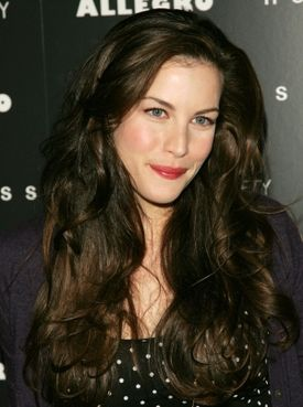 I can't get over how gorgeous Liv Tyler's hair is in this picture!