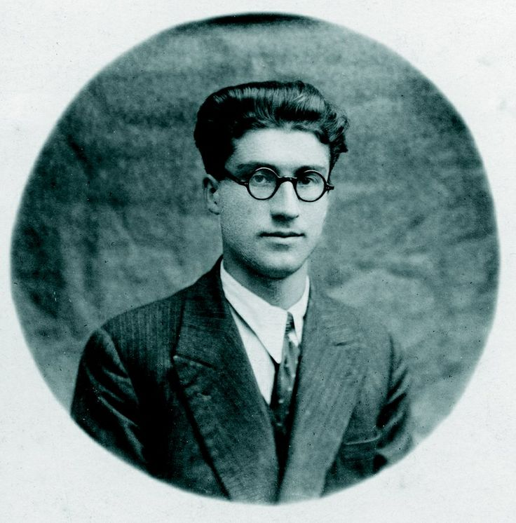 Cesare Pavese.